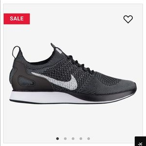 Nike Flyknit Racer Size 10